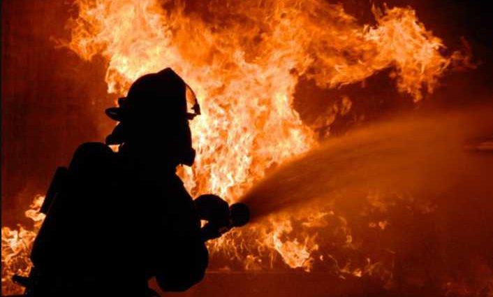 Многие пожарных и паника: в Киеве загорелся университет