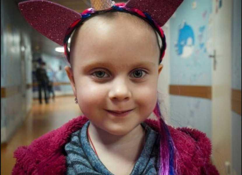 Ребенка довезли до больницы в состоянии комы: 5-летняя Миланка нуждается в немедленной помощи