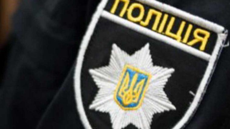 Их остановили за нарушение: директор школы и физрук избили патрульных полицейских