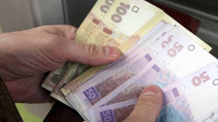 Украинцы получат письменное уведомление: объяснили механизм выплат субсидий деньгами «на руки»