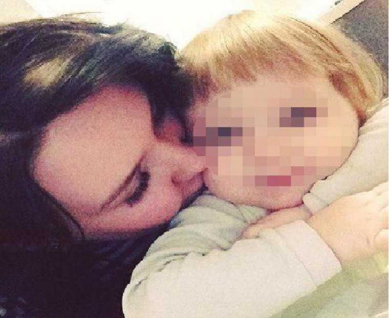 «Ела найденный в квартире стиральный порошок»: Всплыли жуткие детали голодной смерти 3-летней девочки