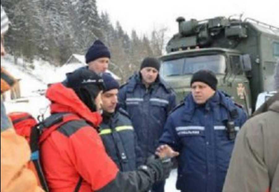 ЧП в Карпатах: сообщили имена погибших на горе Поп Иван туристов