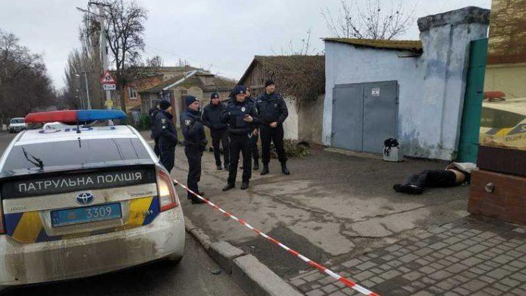 Тело подбросили: в центре города нашли труп с изуродованным лицом