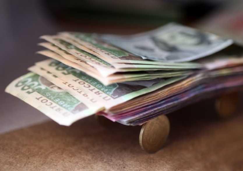 В марте-апреле пенсионеры получат по 2 тысячи грн .: подробности инициативы в Украине