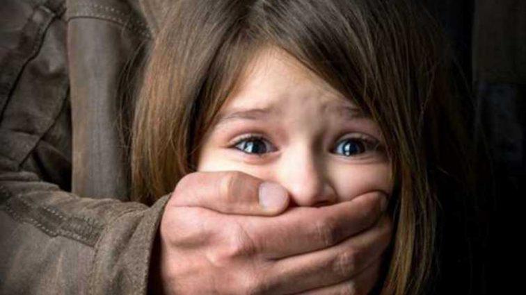 Жертвы молчали потому что боялись: под Черкассами пенсионер годами насиловал малолетнюю внучку