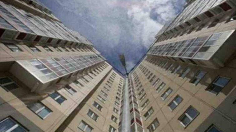 На Львовщине пациент выпал с шестого этажа больницы, причины трагедии неизвестны