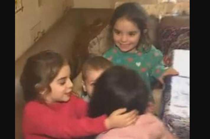 Заперла грязных и голодных: трое детей едва не сгорели в доме