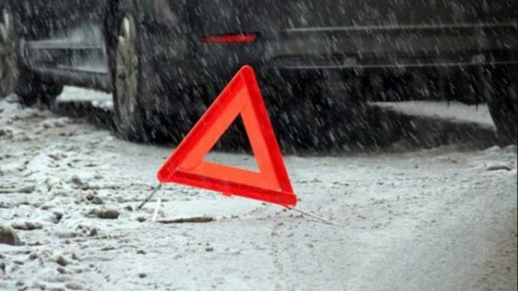 Сбили сразу два авто: под Львовом случилось жуткое смертельное ДТП