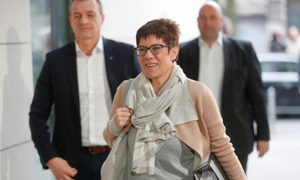 Нельзя вернуть назад! Преемница Меркель разозлила украинский заявлением
