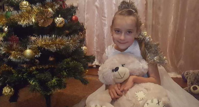 Еще один шаг к мечте: маленькая Сашенька надеется на помощь неравнодушных