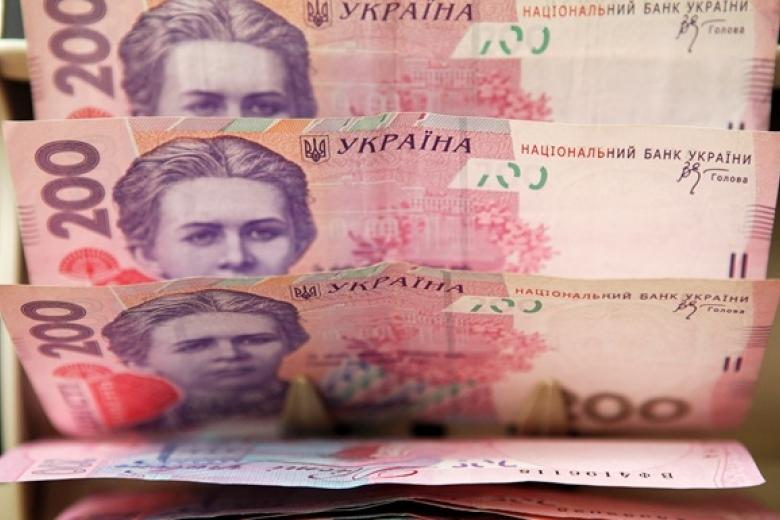 «Лекарства, технику, алкоголь»: Какие товары в Украине станет невозможным купить за наличные