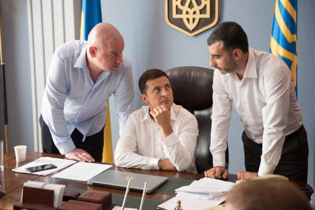 Скандал с «Слугой народа»: в ЦИК сообщили, снимут ли Зеленского с выборов