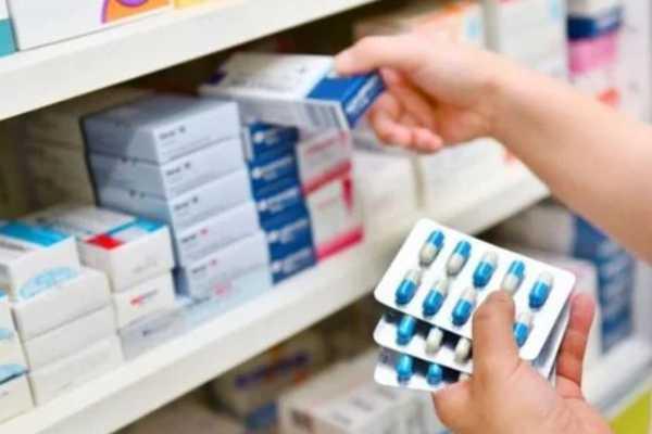 Признали опасными: В Украине запретили популярные лекарства против кашля