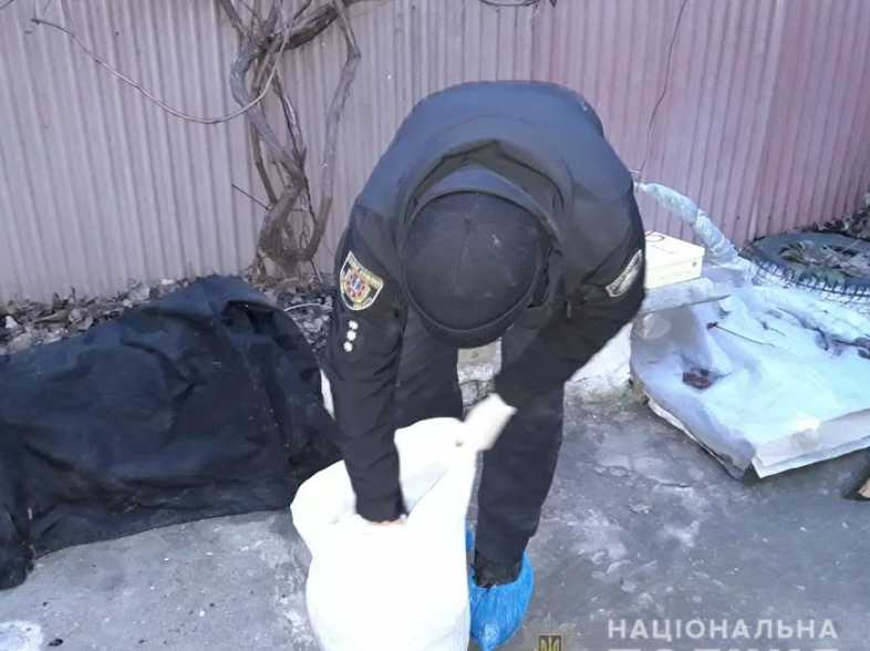Застолье закончилось трагедией: В Одессе мужчина жестоко убил гостя