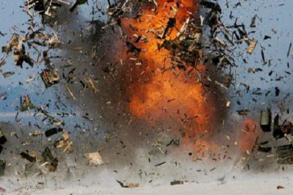 На Донбассе взорвался автобус с мирными жителями: погибли люди