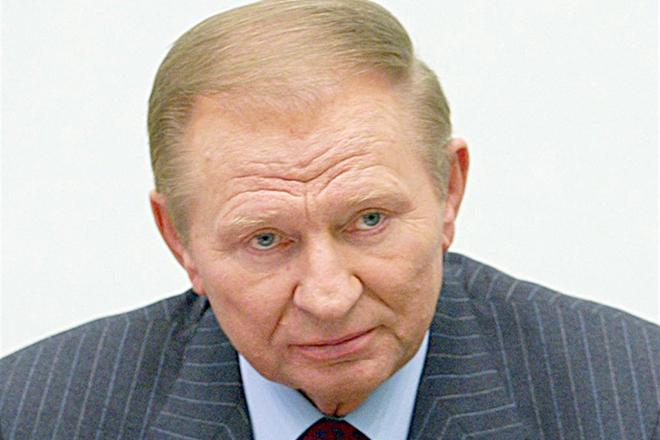 «К нам кто-то придет и наши проблемы решит»: Первый президент Украины проголосовал и прокомментировал текущие выборы