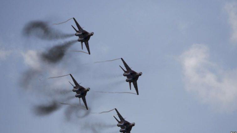 Российские самолеты в небе Донбасса! Украинская ПВО приведена в боевую готовность
