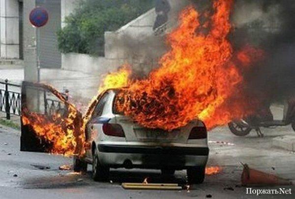 Машина разорвало надвое: Жуткое ДТП в Одессе, есть жертвы