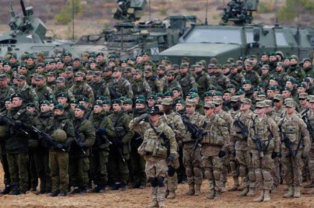 Поближе к России! НАТО разместил четыре мощные батальоны