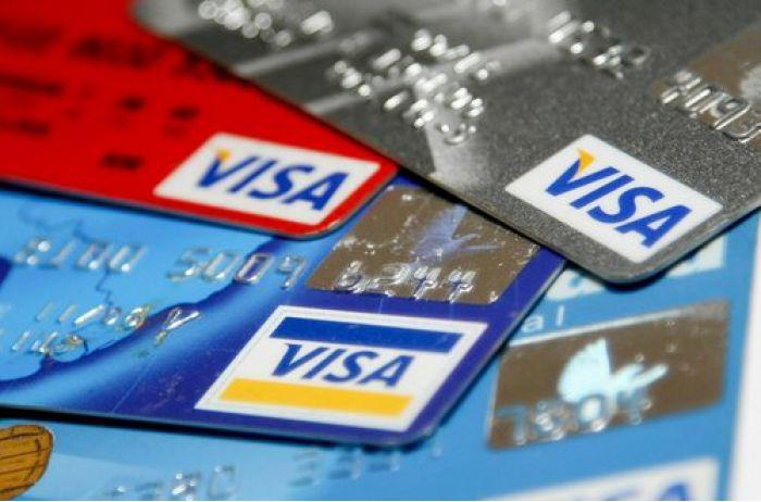 «Без учета мнения клиента»: Всем украинцам принудительно изменят банковские счета: что изменится