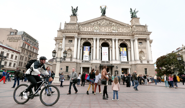 Путешествуешь в город Льва — плати: Львов утвердил новые расценки туристического сбора