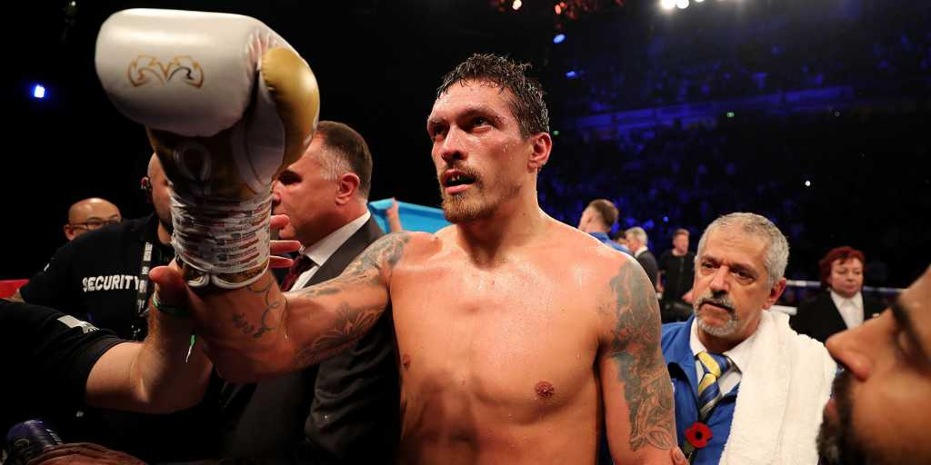 Знаменитый боксер отказался от поединка с Усиком