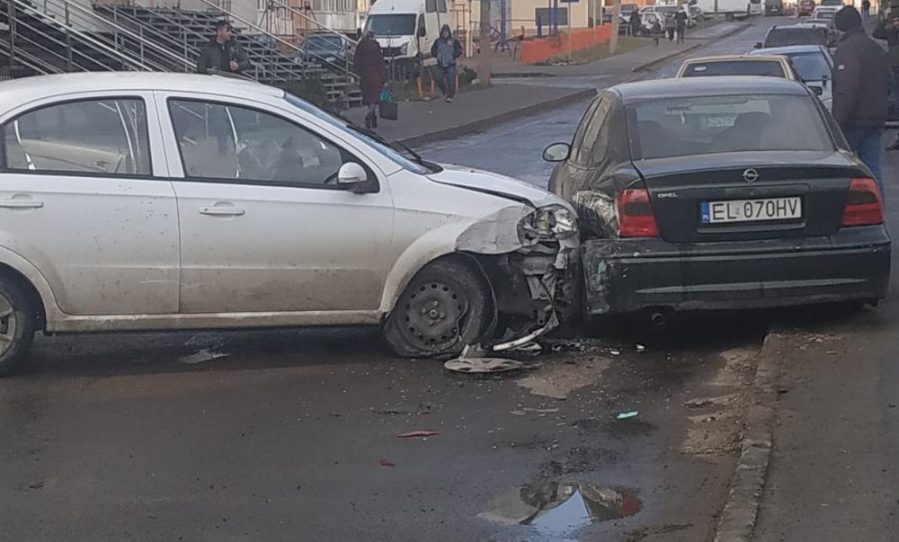 «Трамвай врезался в легковушку и грузовик, а девушка училась ездить и спровоцировала две аварии»: Обзор ДТП во Львове