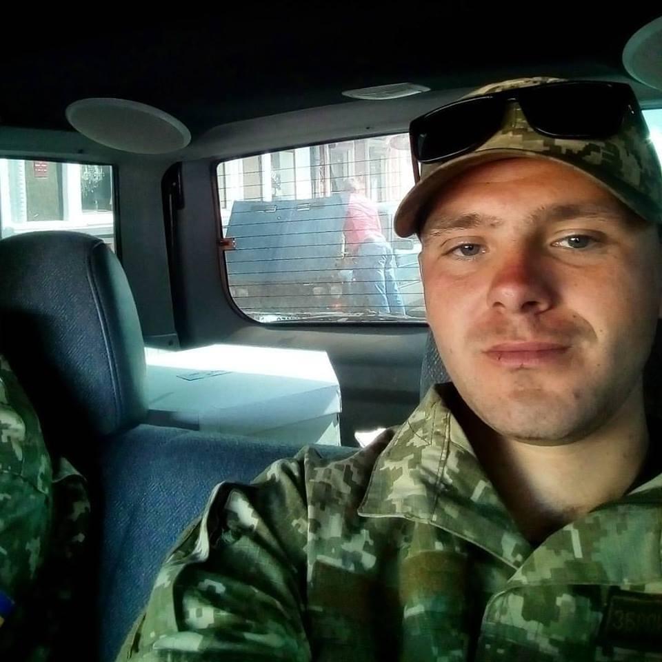 «Погиб от пули снайпера»: Украинский военный поразил своим героическим поступком на Донбассе