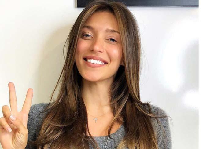 «Я сбросила 18 кг, чем очень горжусь!»: Регина Тодоренко поразила поклонников внешним видом после родов