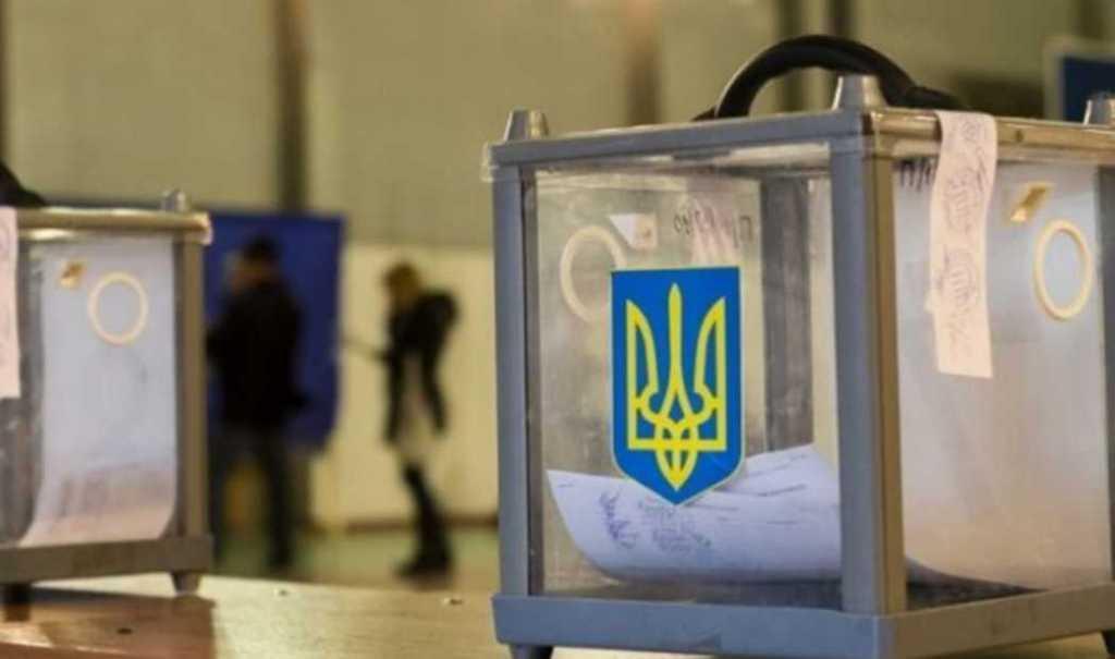 «Забыл» указать в декларации почти 1 млн грн .: Кандидат в президенты попал в скандал