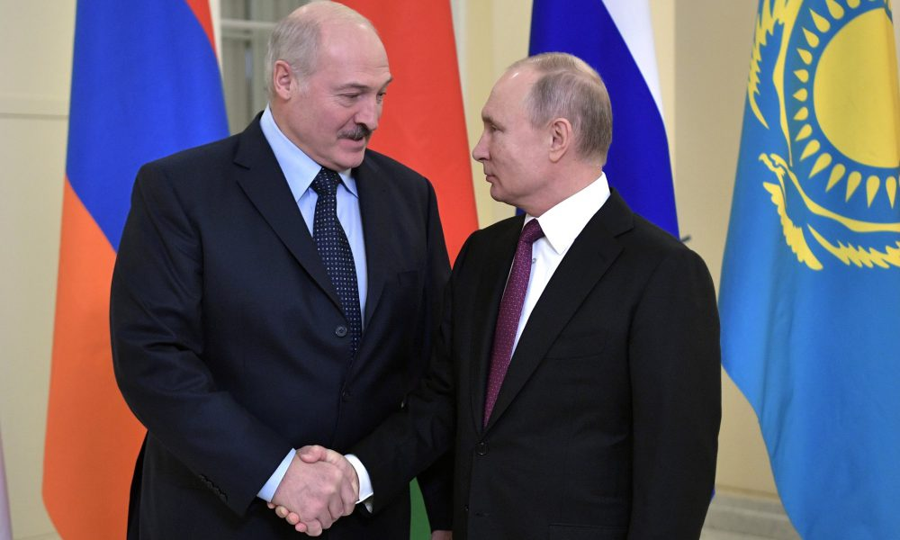 «Лукашенко знает»: Беларусь предупредили о скорой оккупации Россией