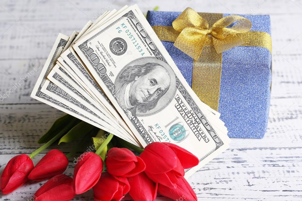 Свежий курс валют на 8 марта: чем удивят доллар и евро на женский праздник