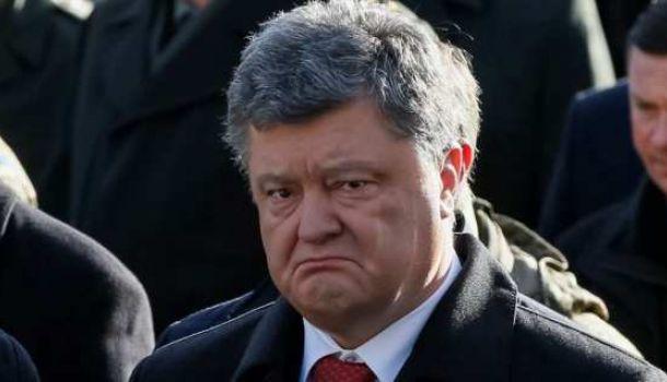 «Оттащил в угол и начал прессовать»: Порошенко налетел с криками на силовиков из-за акции «Нацкорпуса»