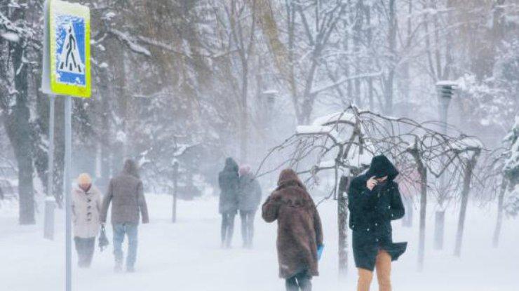 Зима решила попрощаться жёстко: украинцам пока не стоит ожидать потепления
