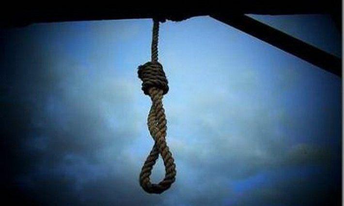 «Ушла из жизни в сарае»: 16-летняя школьница покончила с собой после ссоры с мамой любимого
