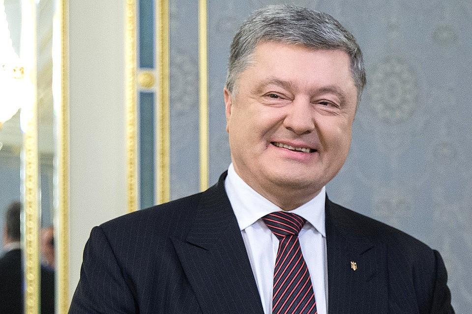 «С кем не бывает?»: На выборах Петр Порошенко перепутал украинских боксеров и «поздравил» с победой не того
