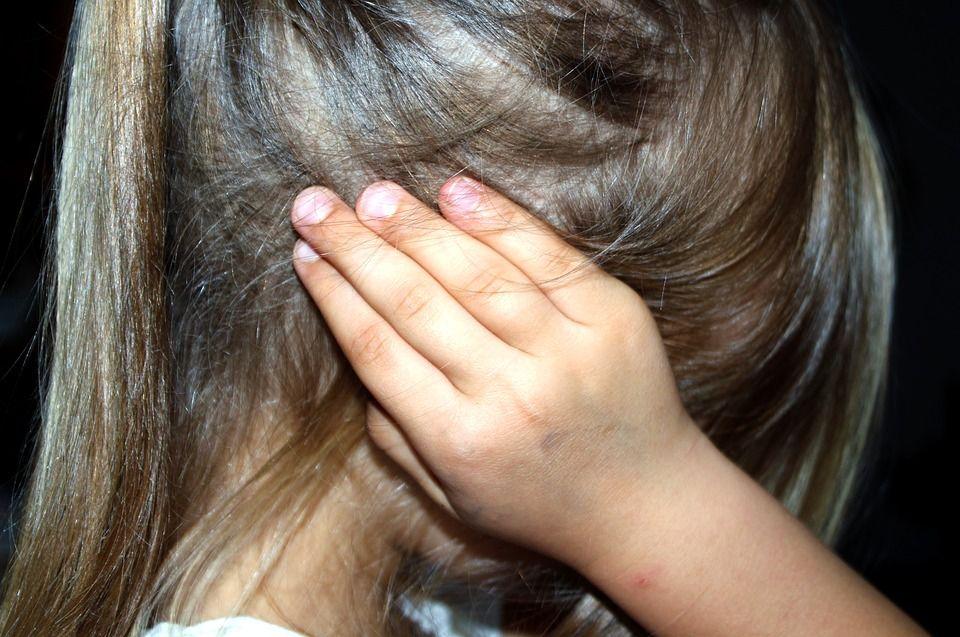 Год работник сферы образования совращал пятерых малолетних детей: известны подробности ужасного преступления  в Киевской области