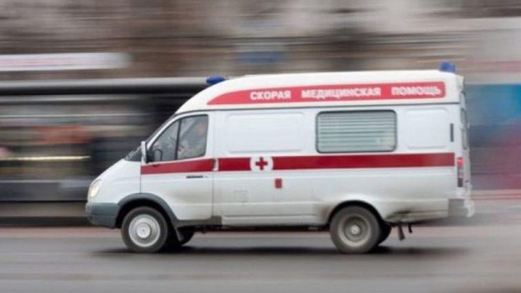 Весь пол супермаркета был в крови: в Харькове мужчина на глазах у покупателей попытался убить себя