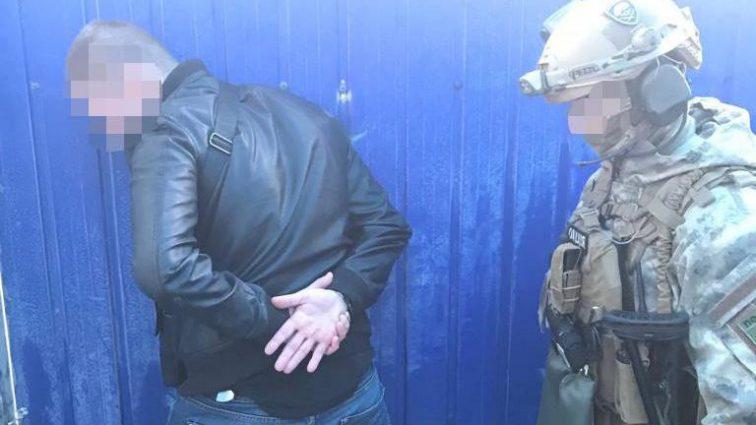 Избили хозяина, а потом ограбили дом: в Днепре задержали преступную группу