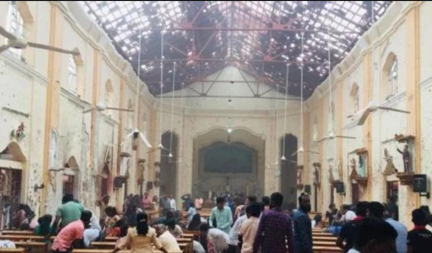«Поссорился с девушкой»: На Львовщине парень пытался совершить самоубийство в церкви во время литургии