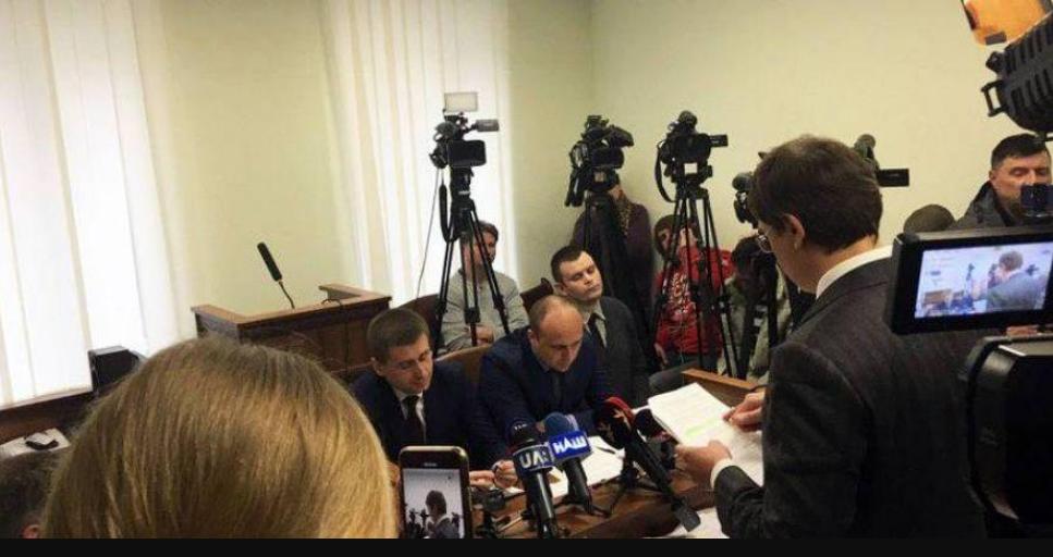 «Предложили делиться прибылью»: Крючков в суде сделал громкое заявление о представителях Порошенко