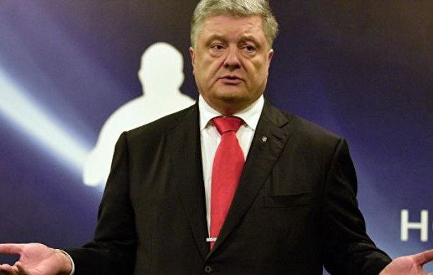 «Порошенко считает себя единоличным защитником страны»: Громкая отставка на Банковой. Кто покинул президента
