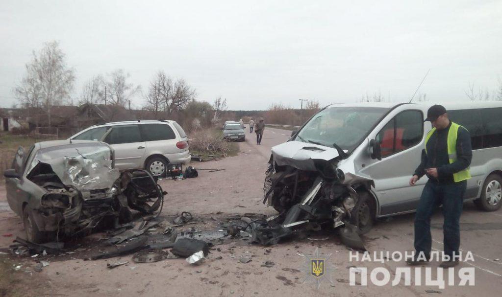 Ужасное столкновение «лоб в лоб» на Волыни: один погибший и шестеро пострадавших