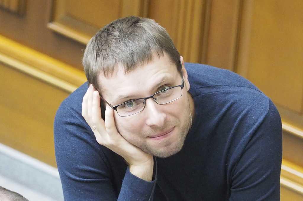 «Это ничто иное, чем шоу»: Парасюк впервые резко высказался о выборах президента и о дебатах