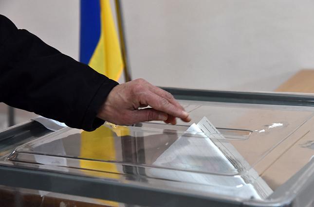 Лидируют Львов и Волынь: Явка на выборах составила более 63% — последние данные ЦИК