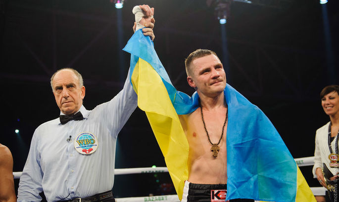 Чемпион: Украинец Денис Беринчик победил японца Аракаву и защитил титул WBO International