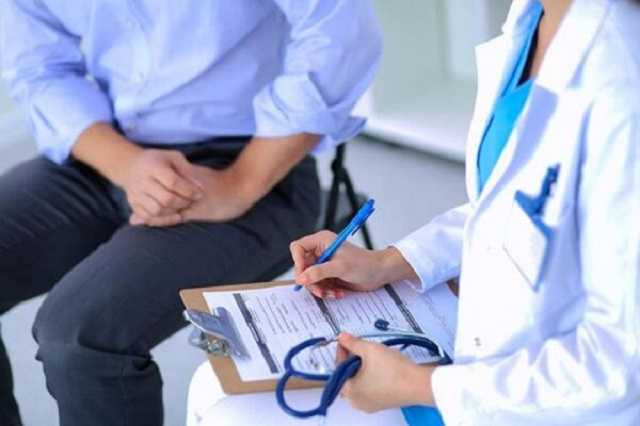 Как попасть к врачу без подписанного договора: в Украине начали работать новые правила