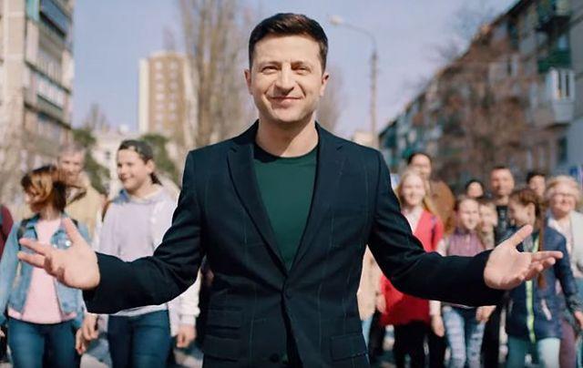«У меня нет к нему уважения» — Владимир Зеленский сделал громкое заявление о Порошенко после встречи с Макроном