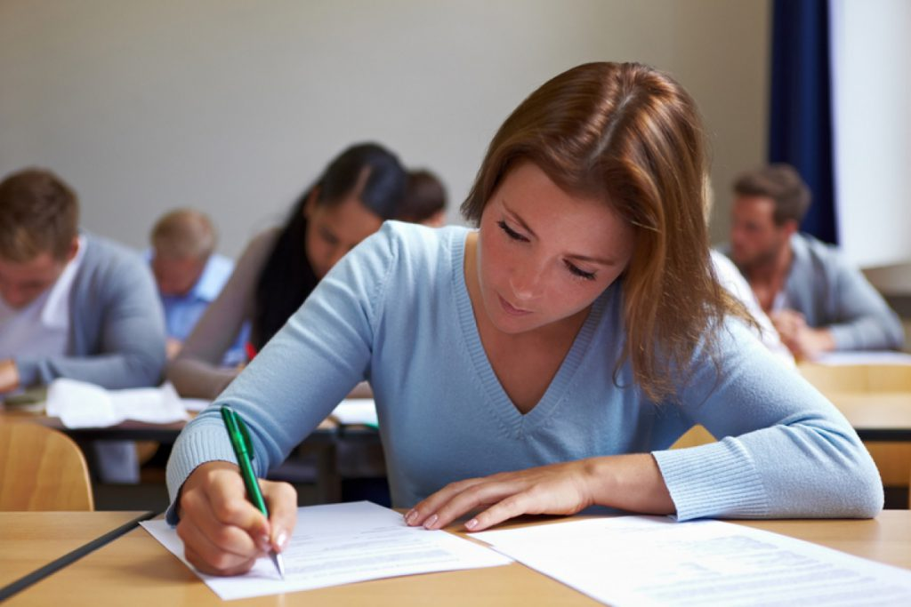 «Экзамен по этому предмету станет обязательным для всех»: На украинских выпускников ждут потрясающие нововведения