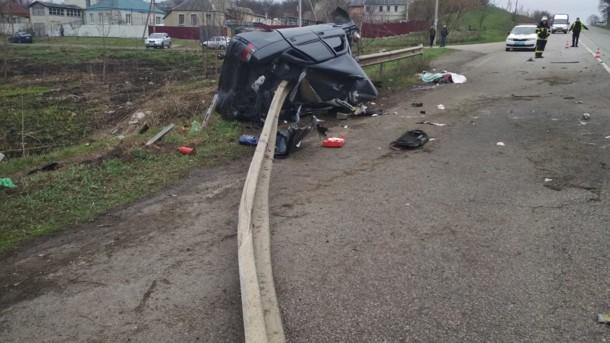 Пробил машину насквозь: ужасное ДТП под Харьковом